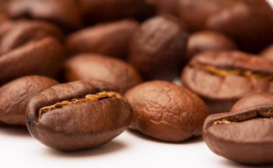 Cà phê giúp bạn trở nên tỉnh táo và thông minh hơn.
