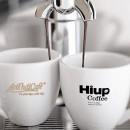 Vị đắng bên ly cà phê yêu thương